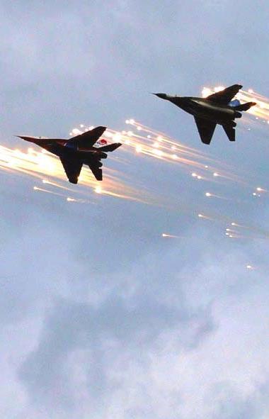 Военные самолеты, базирующиеся на аэродроме Шагол (Челябинск) примут участие в воздушной части Па
