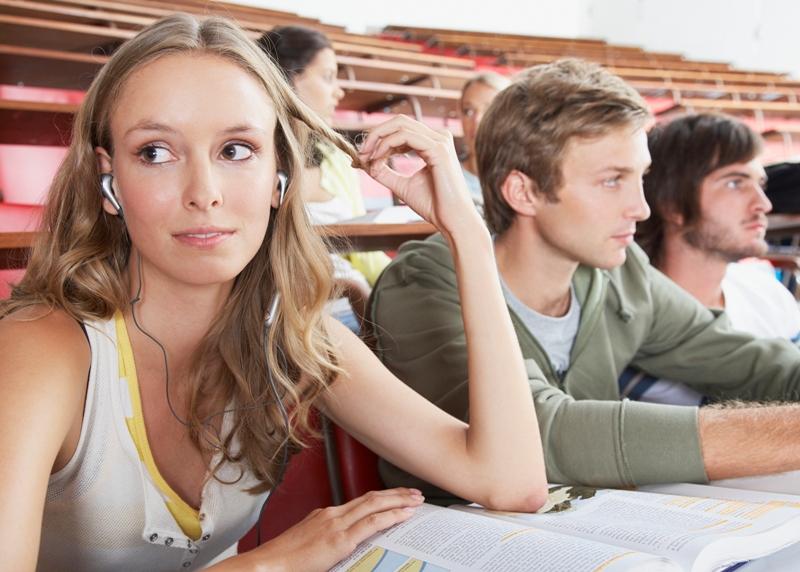 Праздник российских студентов был официально утвержден 25 января 2005 года. Именно 25 января в 17