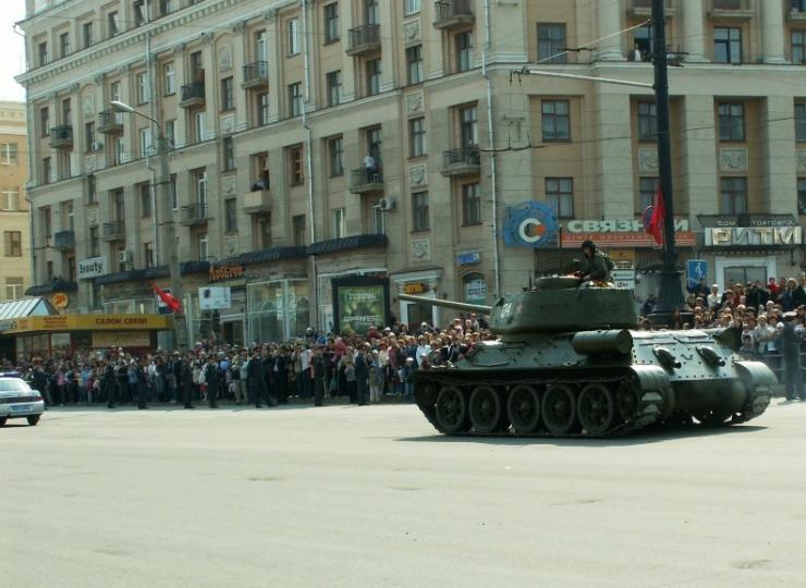 Как можно посмотреть парад 9 мая в москве без приглашения