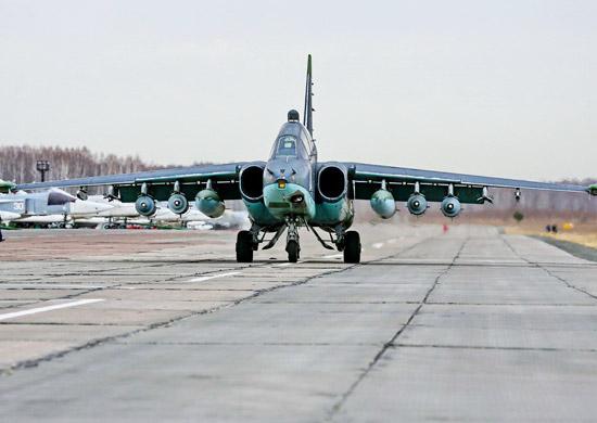 Звено штурмовиков Су-25 перебазировано из объединённой российской военной авиабазы Кант, дислоцир