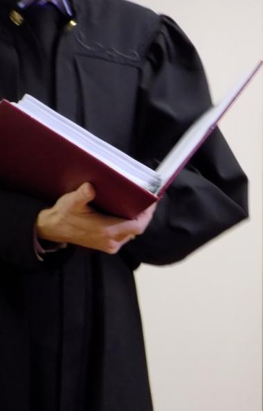 Челябинский областной суд, рассмотрев в апелляционном порядке уголовное дело в отношении главврач