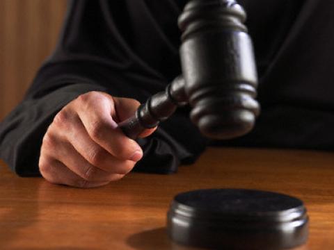 Так, защита подсудимого Геворка Мурадяна сегодня просила изменить ему меру пресечения с заключени