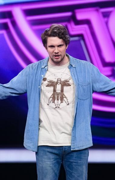 Челябинец Роман Иванов сегодня, 27 марта, будет шутить в шоу «Comedy Баттл» на телеканале ТНТ. Уч