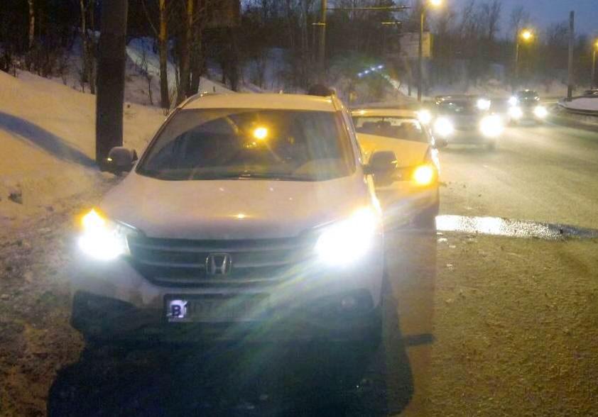 Авария произошла 14 января в 16 часов 55 минут на Свердловском тракте возле дома 3