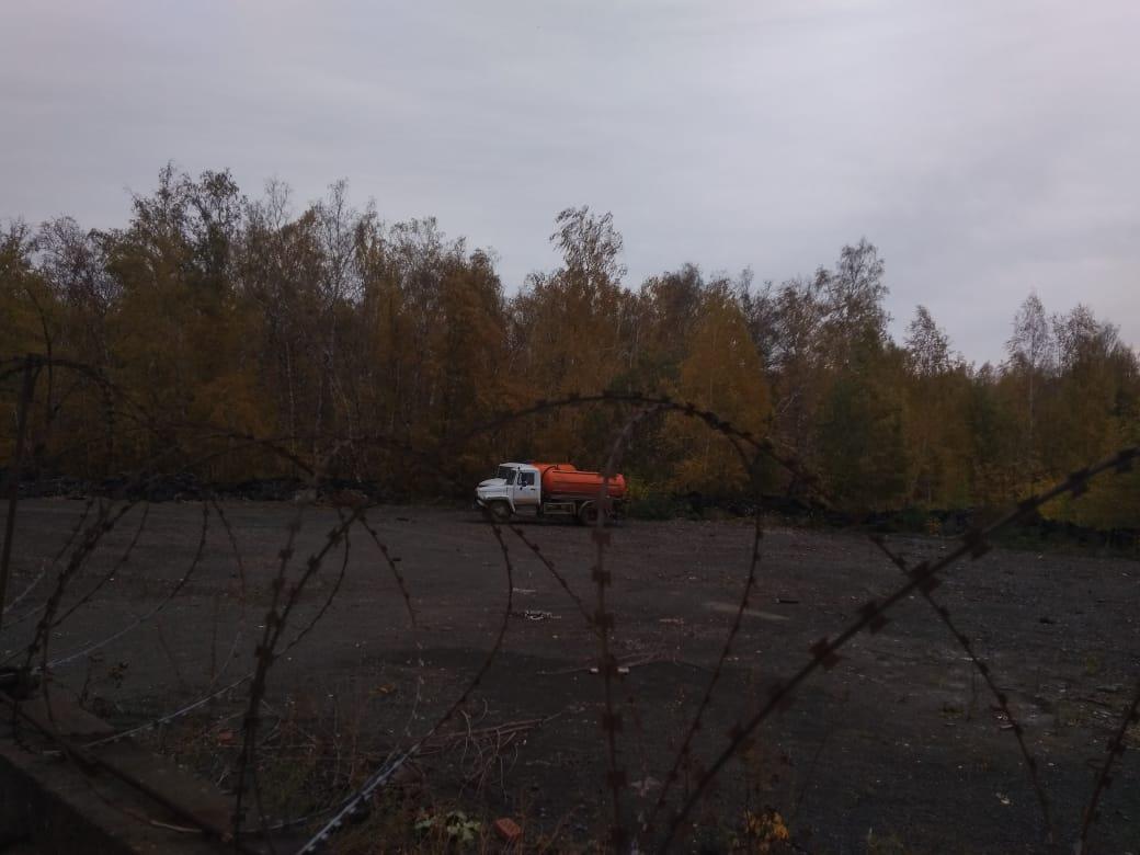 Министерство экологии региона начинает проверку сигнала о сливе нечистот в лесу у челябинского за