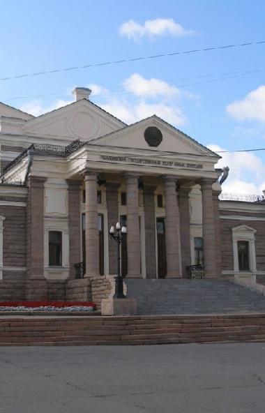 Молодёжный театр Челябинска после долгой изоляции выходит к зрителям и встречает предстоящее 55-л
