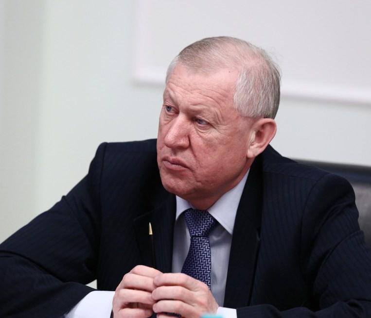 По словам Евгения Тефтелева, на финансирование работ по озеленению и высадке деревьев в этом году
