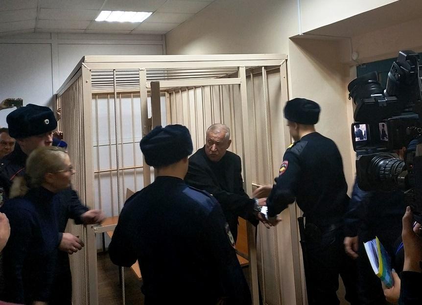 Суд оставил бывшего мэра Челябинска в СИЗО