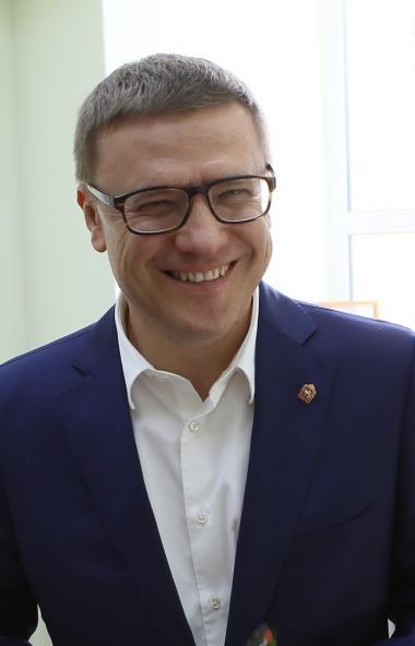 В четверг, третьего сентября, губернатор Челябинской области Алексей Текслер продолжает большую и