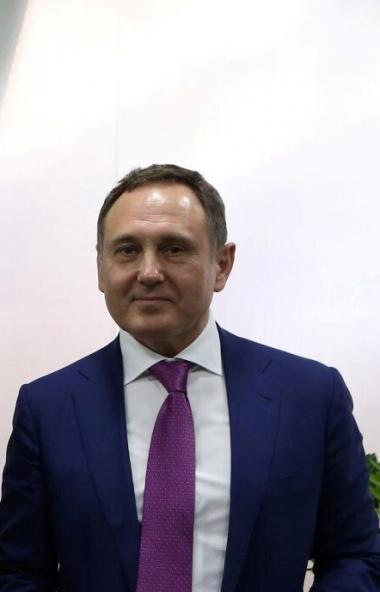Создатель и генеральный директор Акционерного общества «КОНАР», руководитель одноименной промышле