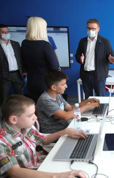 Двухнедельные каникулы, введенные в Челябинской области по распоряжению губернатора Алексея Тексл