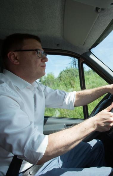 В понедельник, седьмого сентября, губернатор Челябинской области Алексей Текслер отправился с бол