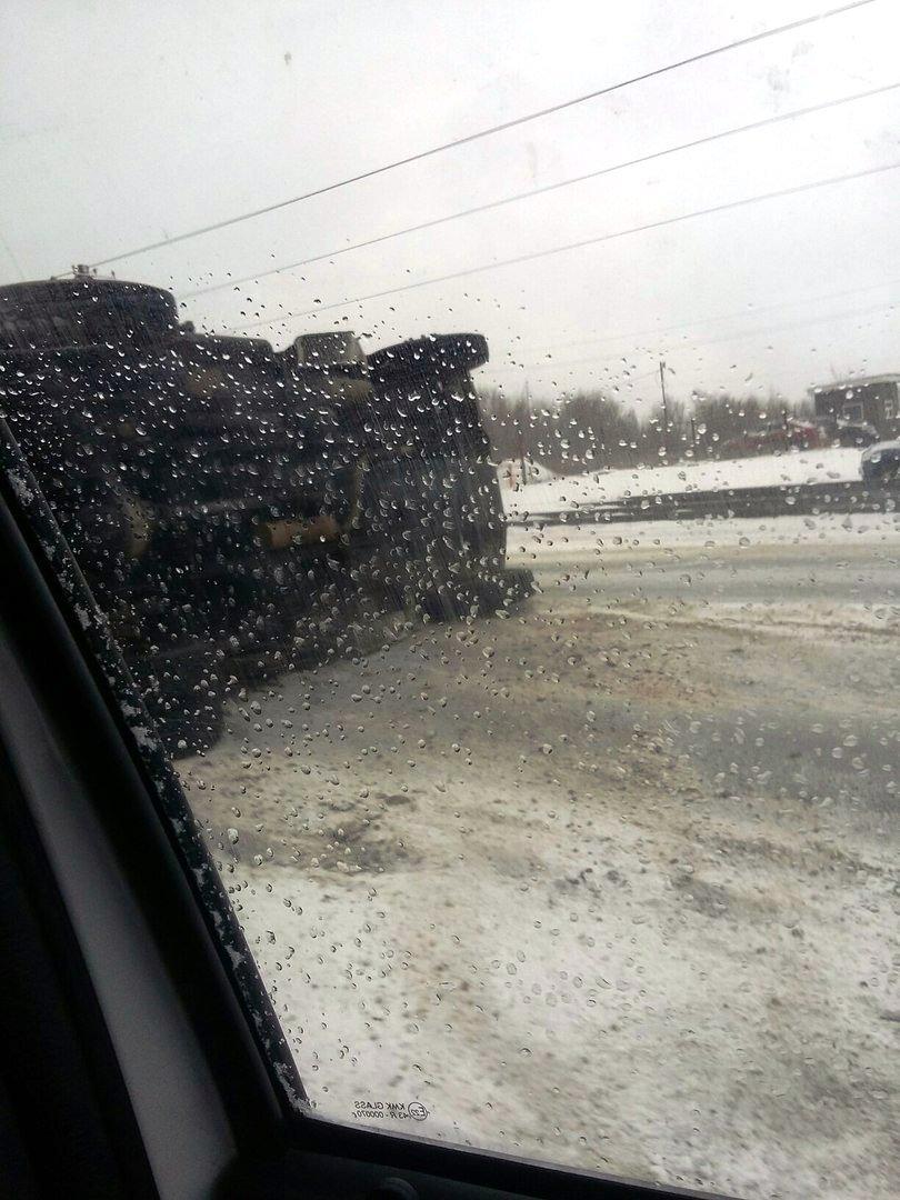 Авария произошла 13 ноября в районе шестой проходной Магнитогорского металлургического комбината.