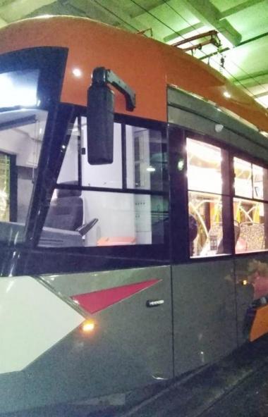 Специалисты завода АО «УралТрансМаш» прибыли в Челябинск для выяснения причины поломки нового тра
