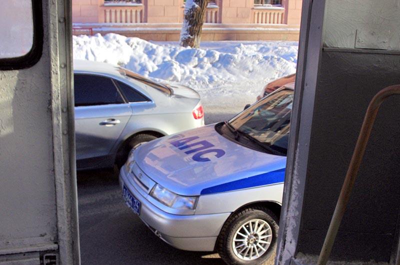 В УМВД России по городу Челябинску завершена служебная проверка в отношении сотрудников полиции о