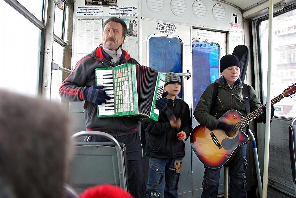 На прошлой неделе на пять рублей выросла стоимость проезда на внутримуниципальных маршрутах Корки