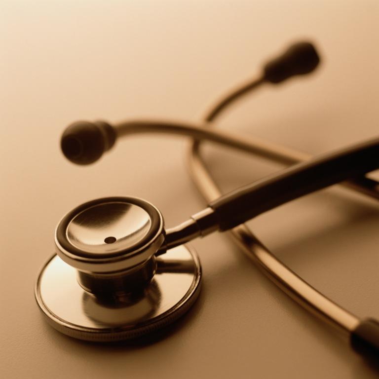 По условиям этой программы молодые врачи, приехавшие работать в сельскую местность, получают 1 м