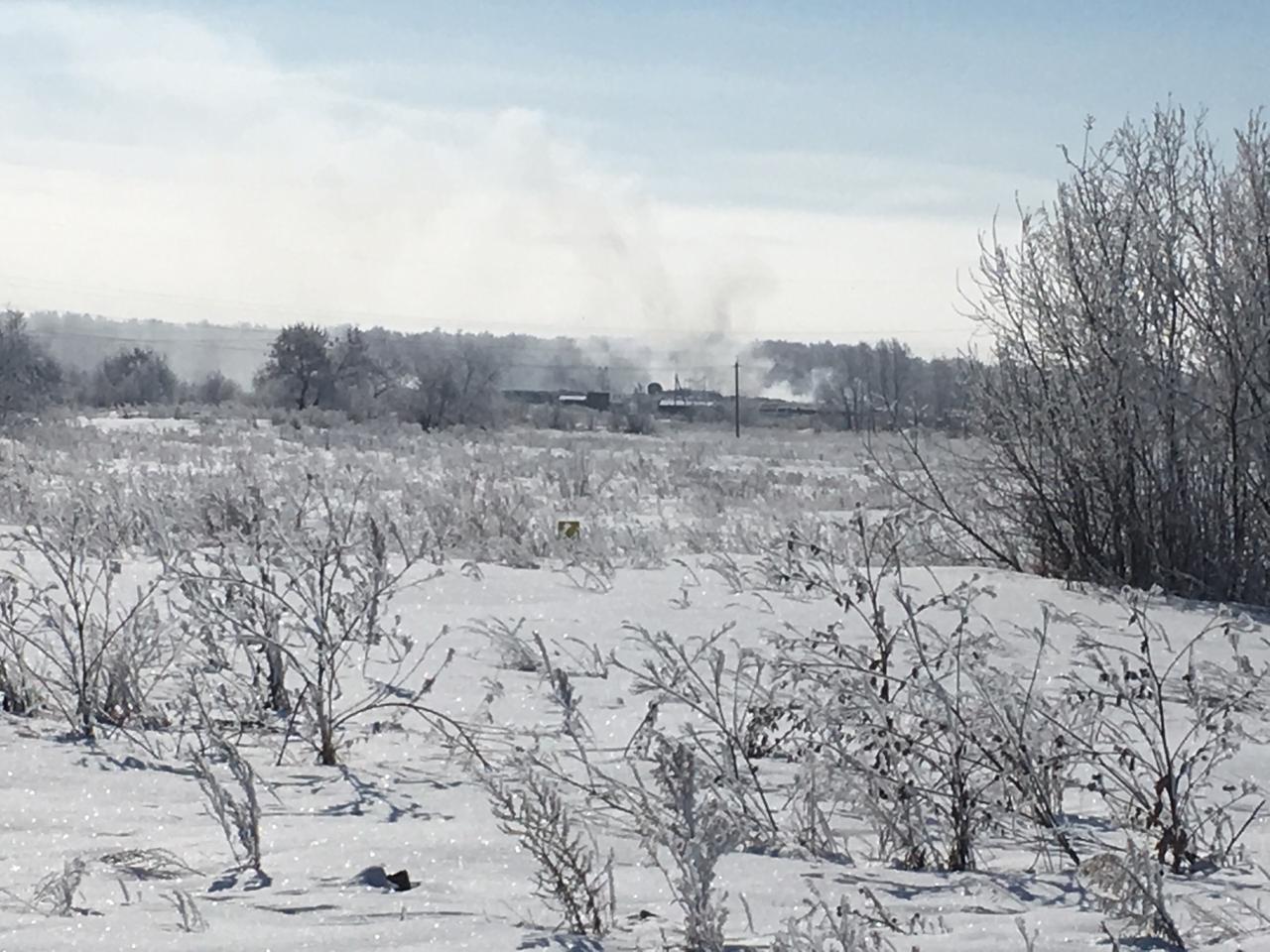 Жители коркинского поселка Роза (Челябинская область) по-прежнему в большой беде. Свалка, а точне