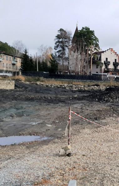В Челябинской области общественники обнаружили незаконную стройку в охранной зоне озера Тургояк,