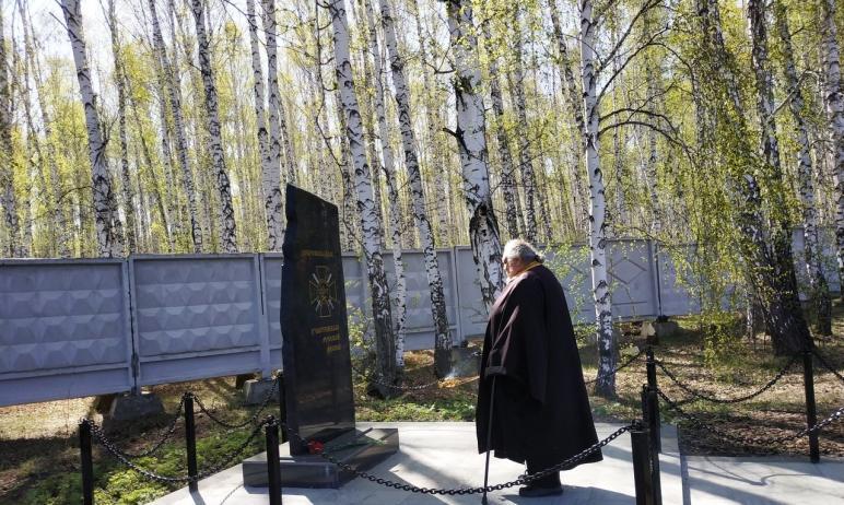 В Челябинске скончался священник Александр (Погудин) - настоятель храма Всех Святых, который нахо