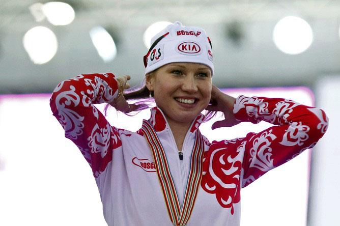 По словам конькобежки, такое решения связано с решением МОК не допустить ее до участия в Олимпийс