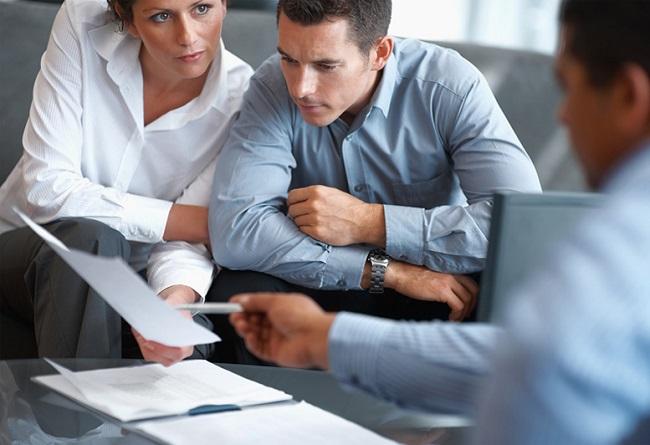 В работе с современным рынком жилой недвижимости потребители все чаще делают ставку не на самосто