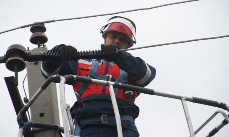 Энергетики «Россети Урал» оперативно восстановили электроснабжение потребителей в Тракторозаводск