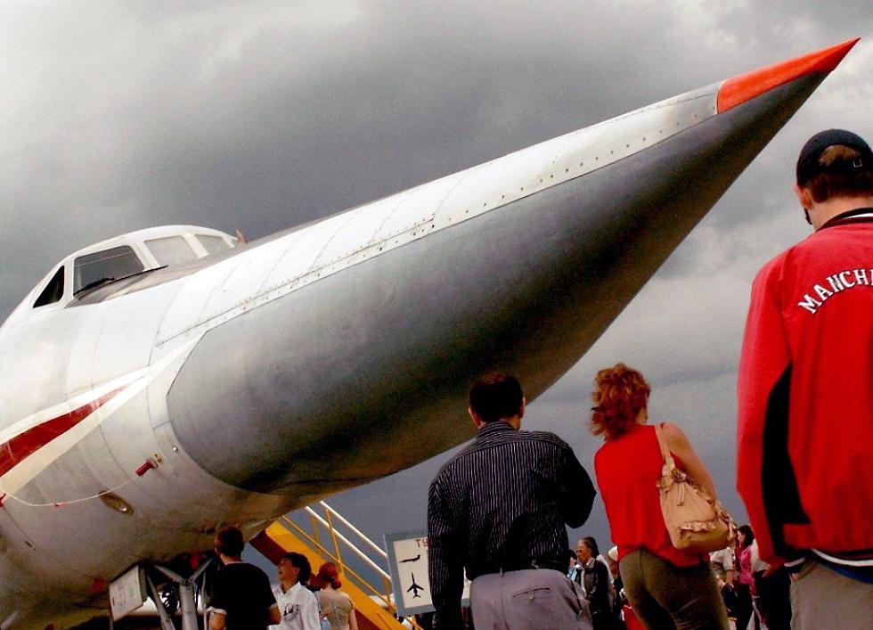 В этот день свой юбилей прославленное училище штурманов отметит большим авиационным праздником.