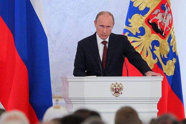 В Георгиевском зале собрались члены Совета Федерации, депутаты Государственной Думы, руководители