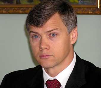 В обязанности Валерия Гартунга входит организация работы фракции в дни пленарных заседаний. Кроме