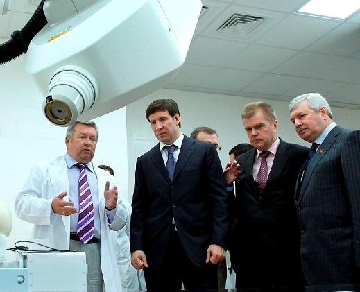 Как сообщили агентству «Урал-пресс-информ» осведомленные источники, в первый же рабочий день глав