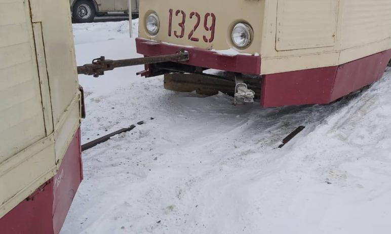 В Челябинске частично восстановили трамвайное движение.  Вагоны пошли по проспекту Побед