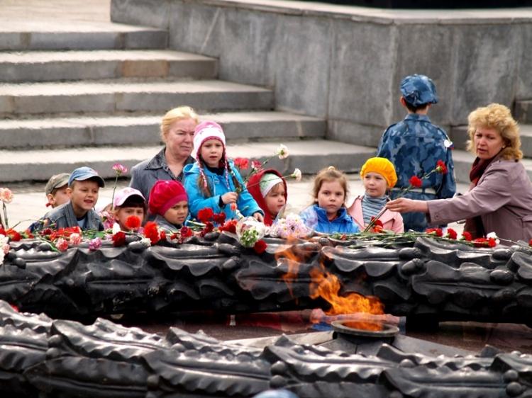 В честь Дня Победы «Ростелеком» традиционно дарит участникам и инвалидам Великой Отечественной во