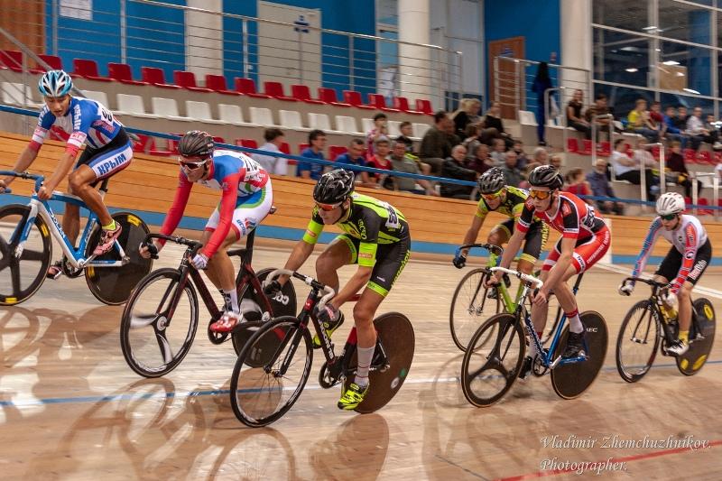 В Омске состоялся чемпионат России и международные соревнования «Гран-при Омска» по велоспорту на