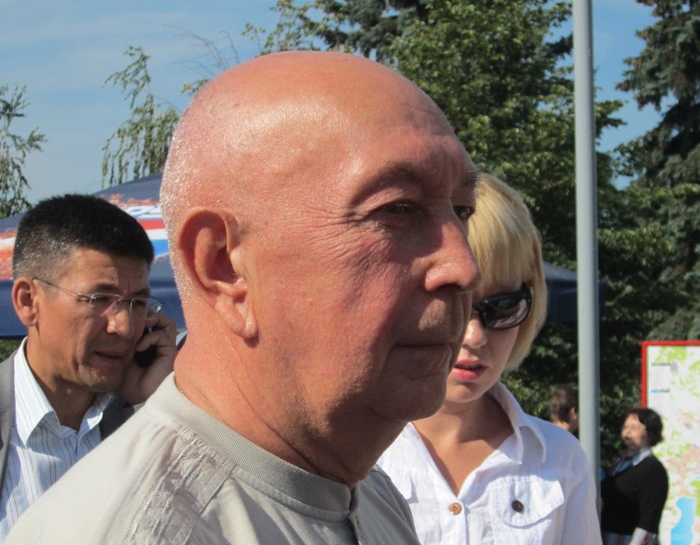 По словам Владимира Шабанова, который ранее был исполнительным директором ассоциации, от переноса