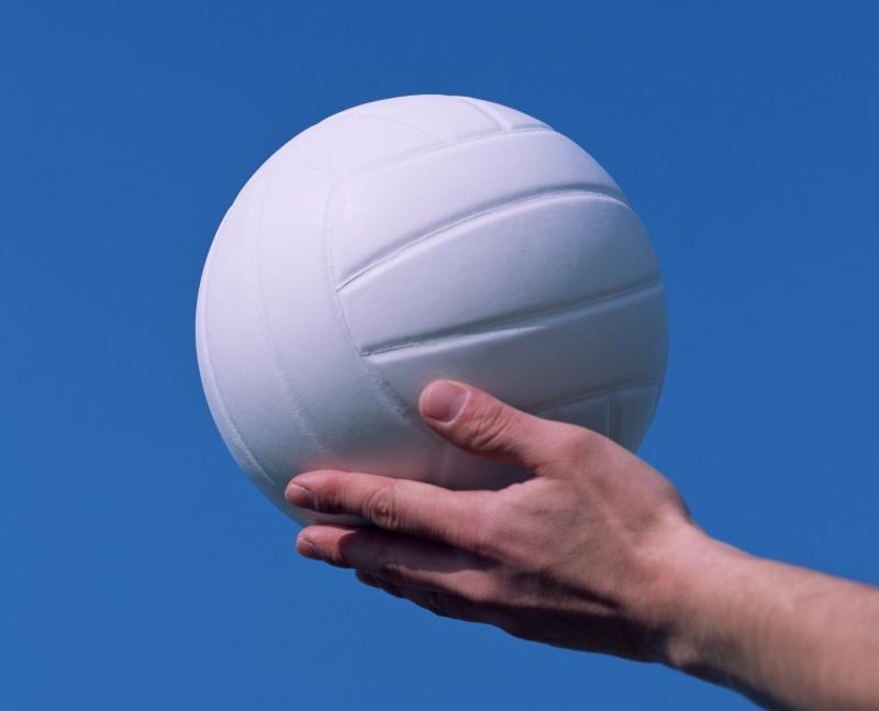 Наша команда, в состав которой вошли две воспитанницы челябинской школы волейбола, разыгрывающая
