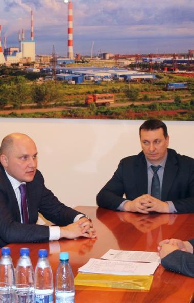 Управляющий директор ПАО «ОГК-2» обсудил с главой Троицка (Челябинская область) строительство мун