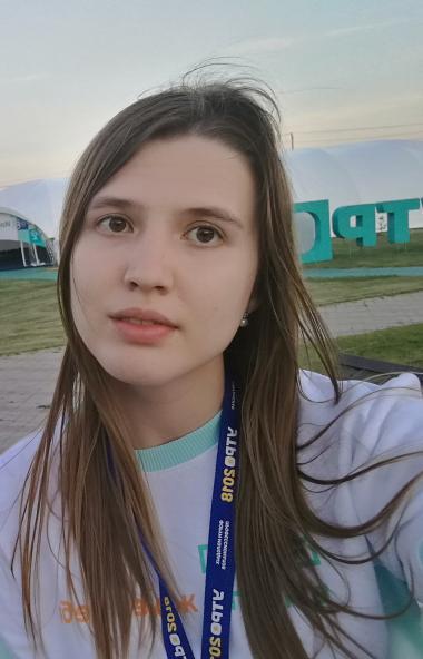 Студентки факультета лингвистики и перевода ЧелГУ Ирина Белякова и Полина Анеликова стали победит