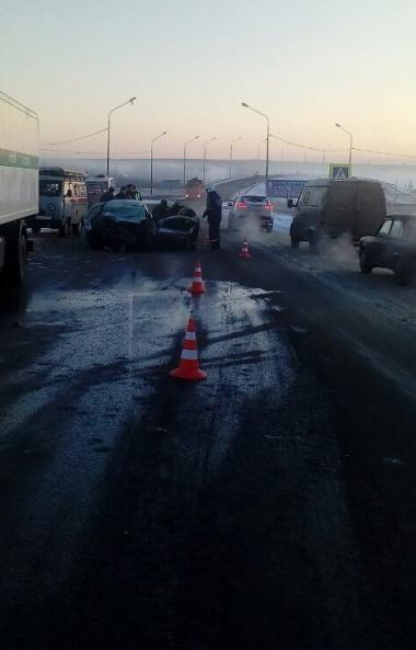 В Сосновском районе (Челябинская область) женщина-водитель погибла при столкновении с КамАЗом ГУФ