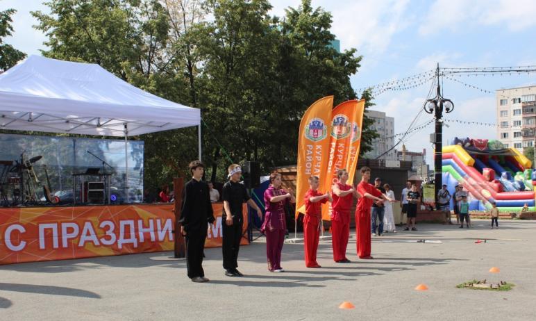 В минувшее воскресенье, 27 июня, в Челябинске в сквере по улице Молодогвардейцев в Курчатовском р