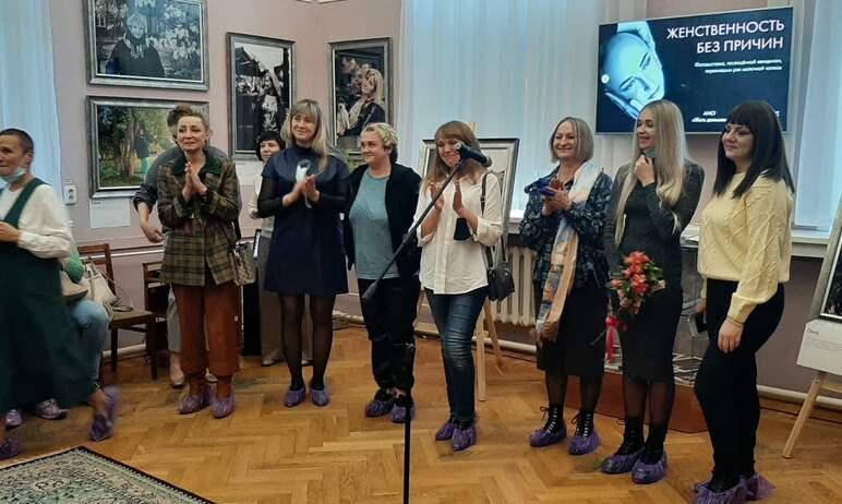 21 октября в Челябинской публичной библиотеке открылась фотовыставка, посвященная перенесшим