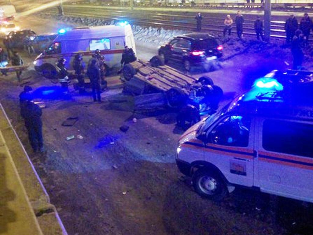 Авария произошла в десятом часу вечера 15 марта. По предварительным данным, в авто