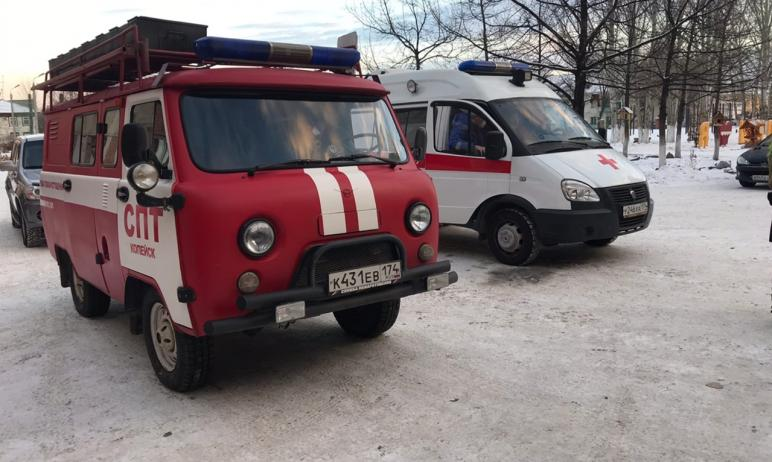 Из-за задымления школе Копейска (Челябинская область) эвакуировано 646 детей и 37 сотрудников. Пр