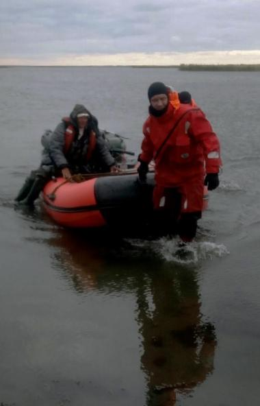 В Еткульском районе (Челябинская область) помощь спасателей понадобилась трем рыбакам, которые ст