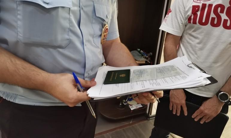 После трагедии в Казани в рамках акции «Ваш участковый» сотрудники полиции Челябинска проверили в