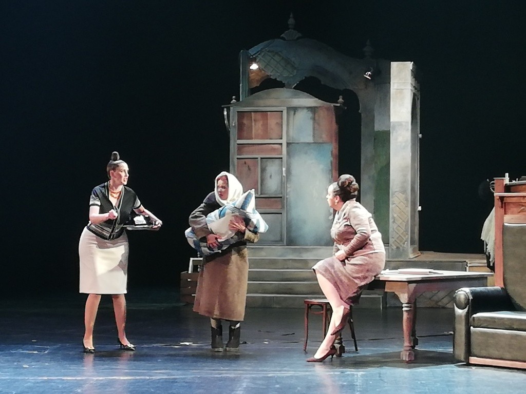 Вчера, 27 июня, Челябинский академический театр драмы имени Наума Орлова премьерой спектакля «Вр