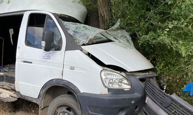 В Карталах (Челябинская область) возбуждено уголовное дело по факту ДТП с маршрутным такси, в кот