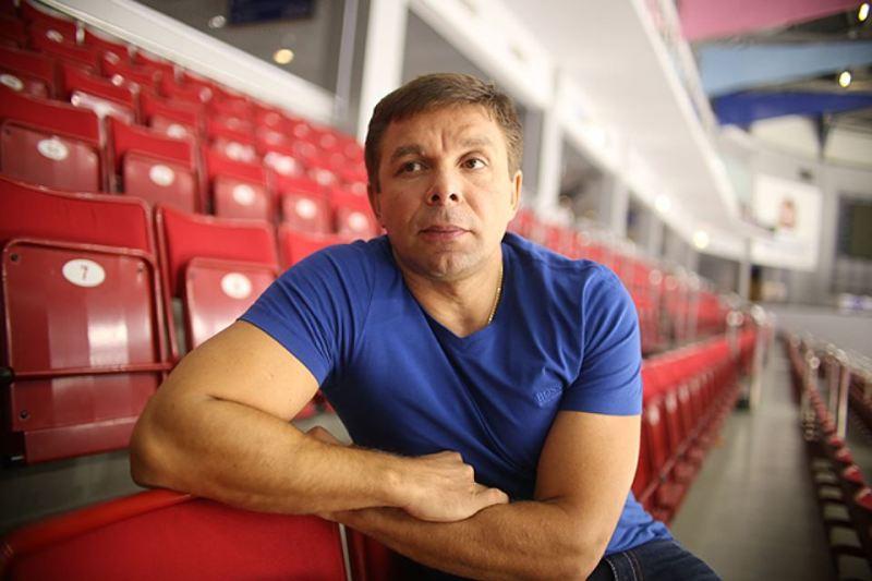 Ассистент главного тренера «Трактора» Виталий Ячменев покинул клуб. «Трактор» благодарит Виталия