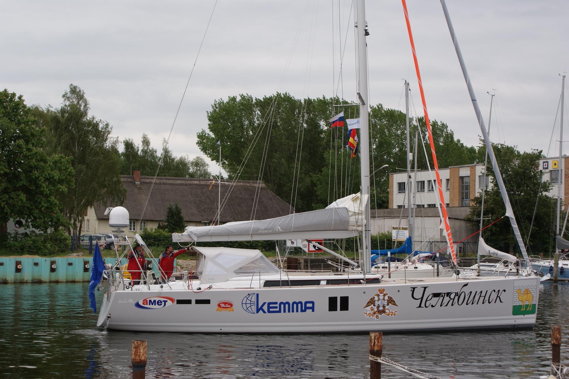 «Балтика встретила нас восьми бальным штормом, зато проверили лодку в экстремальных условиях, - р