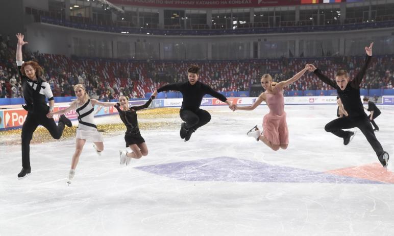 В Челябинске чемпионат России по фигурному катанию сегодня, 27 декабря, завершился показательными